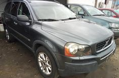 Clean Tokunbo Volvo XC90 2006 Gray for sale