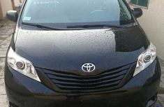 Toyota Sienna 2014 Black for sale