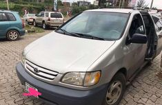 2001 Toyota Sienna for sale in Ibadan