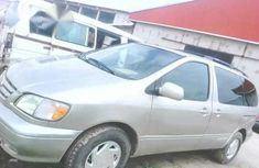 Used Toyota Sienna 1997 for sale