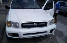 Nissan Pathfinder 2002 White for sale