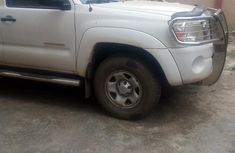 Toyota Tacoma 2007 with standard interior features for sale