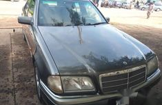 Mercedes Benz C180 2000 Gray for sale