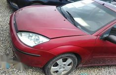 Clean Ford Focus 2005 Red for sale