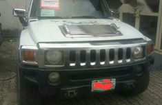 Hummer H3 2008 White for sale