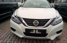 Nissan Altima 2018 White for sale