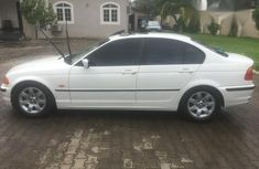 BMW 323i 2004 White for sale