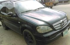 Clean Mercedes-benz ML 320 2003 Black for sale