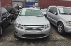 Ford Taurus 2010 Silver for sale