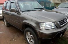 Very Clean Honda CR-V 2000 Gray for sale