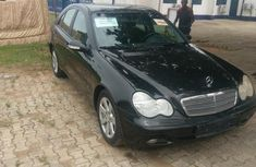 Mercedez Benz C240 2003 Black for sale