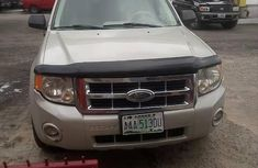 Ford Escape 2010 White for sale
