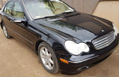 Sharp Mercedes-benz C240 2004 Black for sale