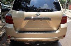 Toyota Highlander Sport 2008 Gold for sale