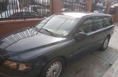 Clean Volvo V70 2001 for sale