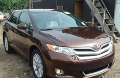 Clean Tokumbo Toyota Venza 2010 Brown for sale