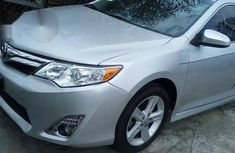 Tokunbo Toyota Camry 2013 White for sale