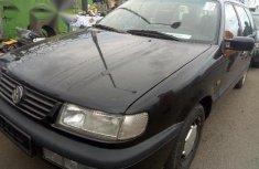 Volkswagen Passat 1997 Black for sale