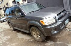 Toyota Sequoia 2005 Gold for sale