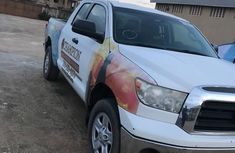 Toyota Tundra 2009 White for sale