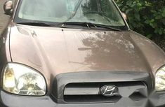 Affordable Hyundai Santa Fe 2005 Brown for sale