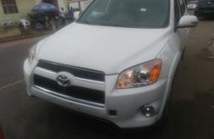 Toyota RAV4, 2010 White for sale