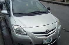Clean Toyota Yaris 2007 Silver for sale