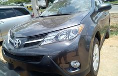 Super Clean Toyota RAV4 2015 Gray