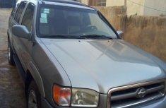 Neat Nissan Pathfinder 2002 Silver