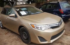 Toyota Camry 2012 Gold for sale