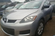Clean Mazda CX-7 2010 Beige