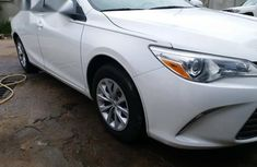 Toyota Camry 2015 White for sale