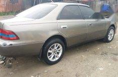 Clean Lexus ES300 2002 Gold for sale