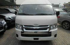 Clean Toyota HiAce 2006 White for sale