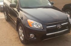 Clean Toyota RAV4 2007 Black for sale