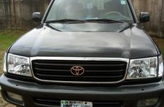 Toyota Land Cruiser 2005 Black for sale