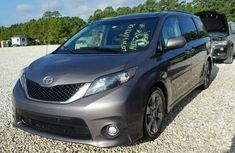 Toyota Sienna 2010 for sale
