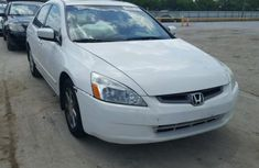 Honda Accord 2005 White for sale