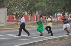 How to tread Nigerian streets properly as a pedestrian