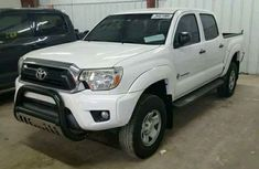Toyota Hilux 2011 White for sale