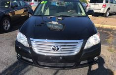 Clean Toyota Avalon 2006 Black for sale