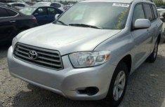Toyota Highlander 2010 Silver for sale