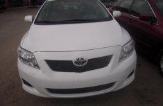 2010 Toyota Corolla White for sale