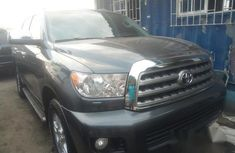 Toyota Sequoia 2013 Gray for sale