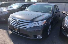 2010 Toyota Avalon Grey for sale