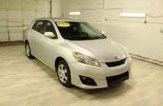 2010 Toyota Matrix White for sale