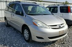 2010 TOYOTA SIENNA CE FOR SALE