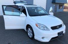 White Toyota Matrix 2008 for sale