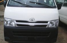 Toyota HiAce bus 2011 for sale