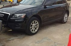 Clean Audi Q5 Black for sale
